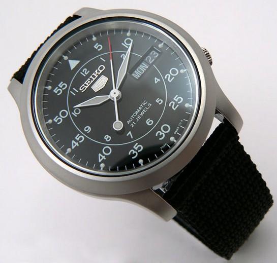 Laquelle comme première montre? Montre10