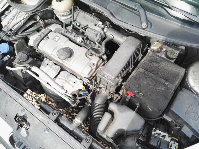 maxime0596 - Peugeot 206 1.4i 3P Urban Aj-42837