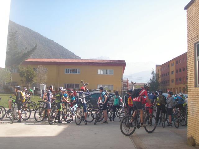 Biciliébana fiesta de la bicicleta 12-4-17 P1010010