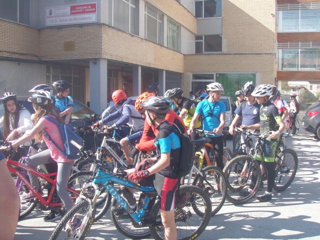 Biciliébana fiesta de la bicicleta 12-4-17 P1010011