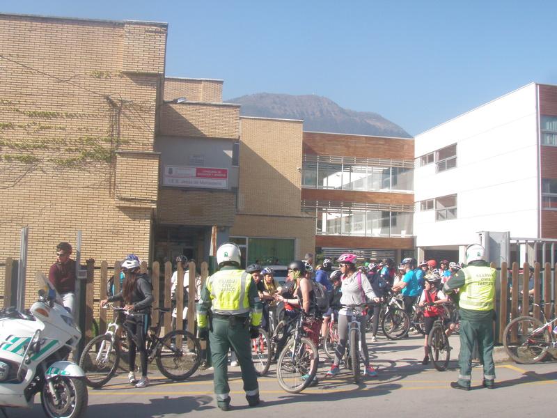 Biciliébana fiesta de la bicicleta 12-4-17 P1010013