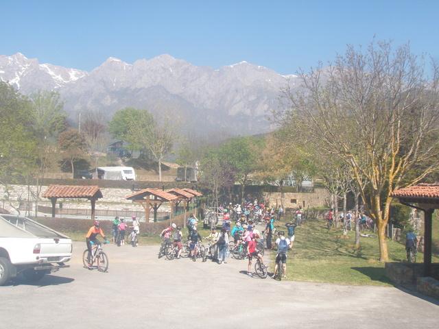 Biciliébana fiesta de la bicicleta 12-4-17 P1010110