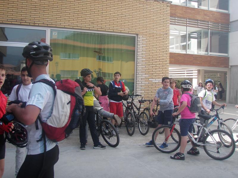 Biciliébana fiesta de la bicicleta 12-4-17 P1010314