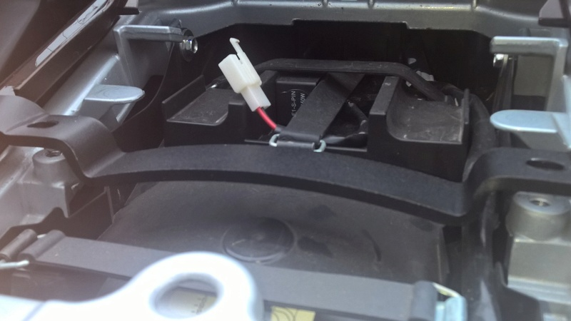 Réparation et modif support Top case GIVI Cassé Wp_20117