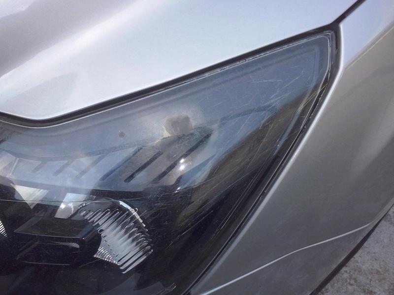 verniciatura fanale ford focus Cam00712