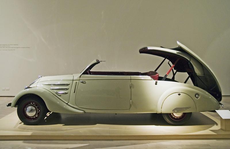 Un poco de historia sobre el Mercedes SLK,, - Página 2 Peugeo11