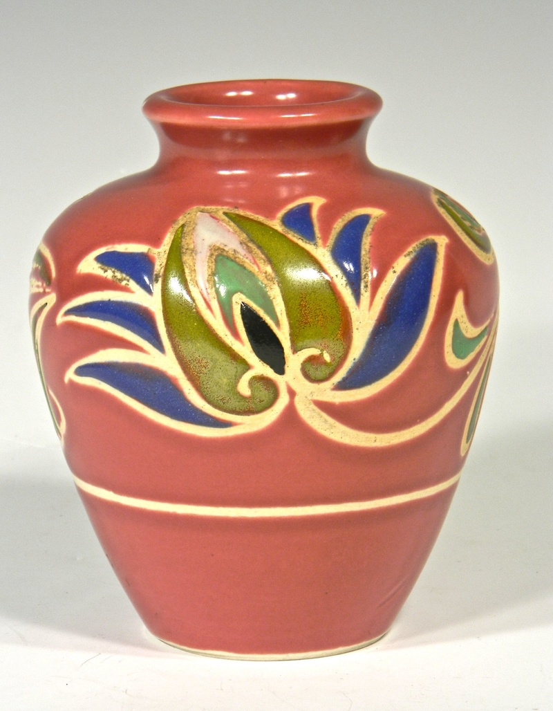 Dark Pink Rose Colored Vase with Stylized Flower Design, Unidentified Mark Mauvev12