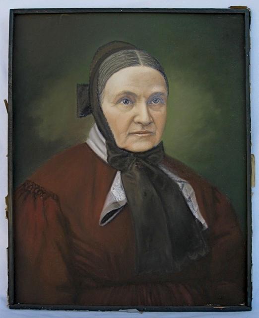 Pair of Antique Pastel Portraits Portra37