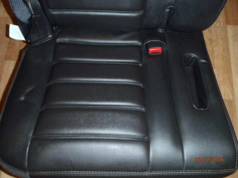 Supplémentaire nouveau fauteuil à la 3e rangée pour Hummer H2. Pc162313