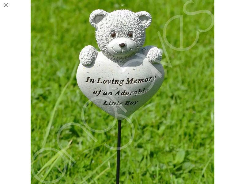 Comment rendre hommage a notre bébé ange lors d'un baptème Img_5317