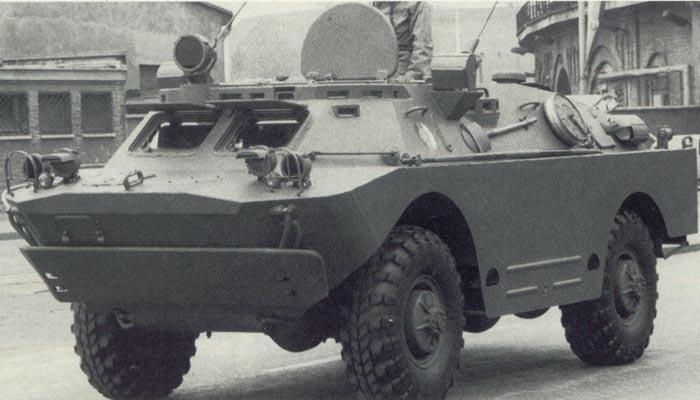 Trumpeter 1\35 БРДМ-2У(командирский) 611