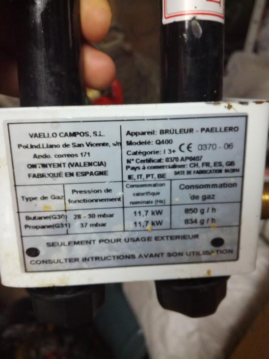 Problèmes avec fond de bouteille de GAZ  Img_2010