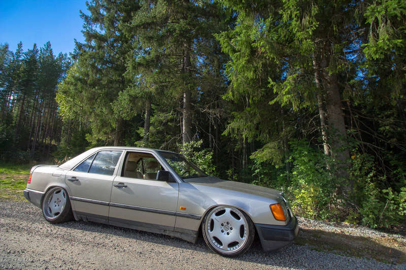 "LarryL: Mercedes-Benz w124 ""Bagged"" Img_3610"