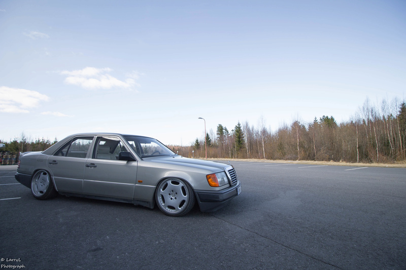 "LarryL: Mercedes-Benz w124 ""Bagged"" Img_4210"