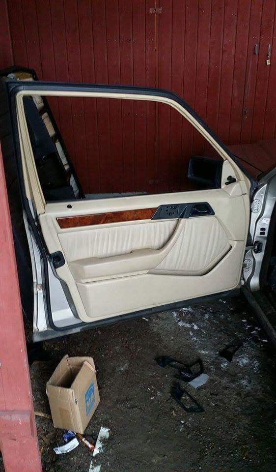 "LarryL: Mercedes-Benz w124 ""Bagged"" Receiv10"