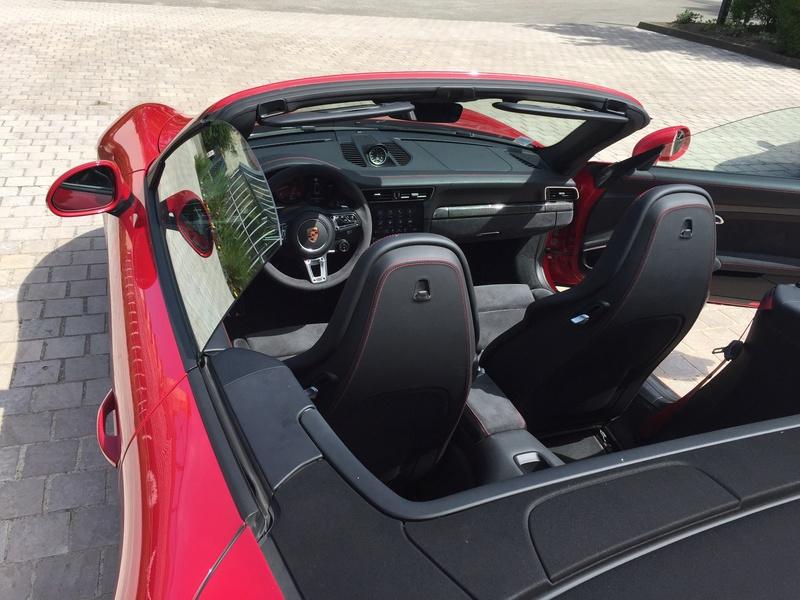 911 carrera 4 GTS cabriolet Img_0610