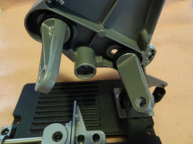Comment couper précisément des tiges filetées en quantité (Diamètre entre 8 et 16 mm) ? - Page 2 Dsc03612