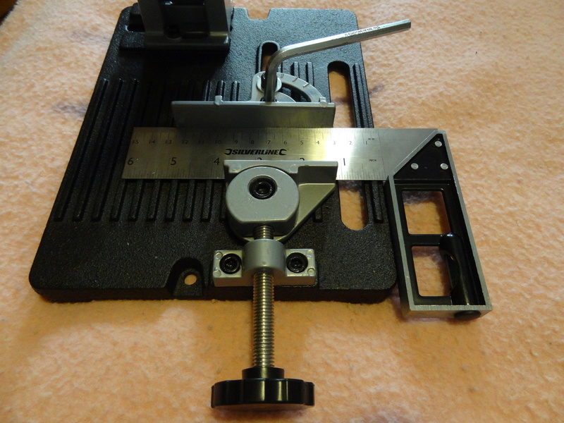Comment couper précisément des tiges filetées en quantité (Diamètre entre 8 et 16 mm) ? - Page 2 Dsc03613