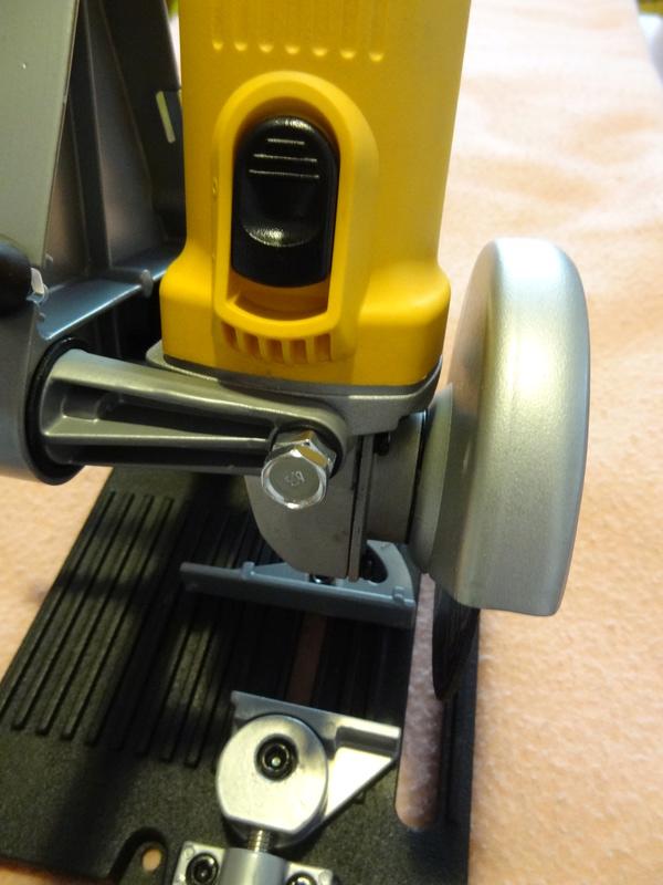 Comment couper précisément des tiges filetées en quantité (Diamètre entre 8 et 16 mm) ? - Page 2 Dsc03711