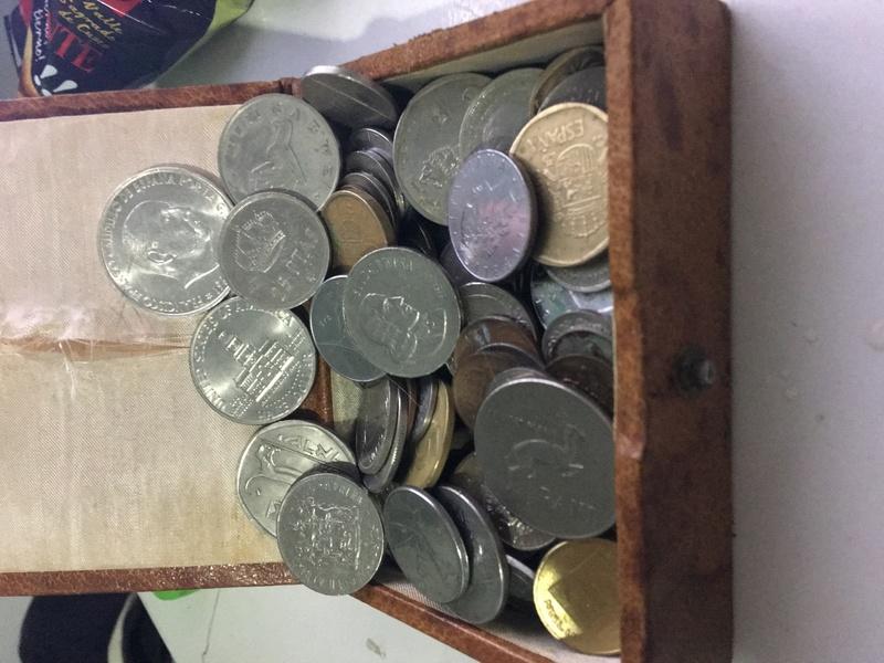 Monedas extranjeras Img_7210