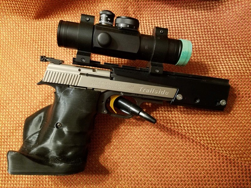 Precision Target Pistol Grips  20170510