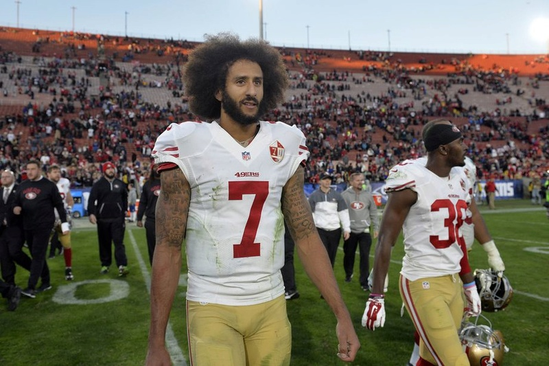 Colin Kaepernick is still unsigned  Usa_to11