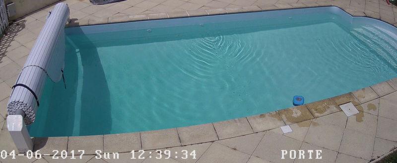 évolution couleur eau piscine 04-06-10