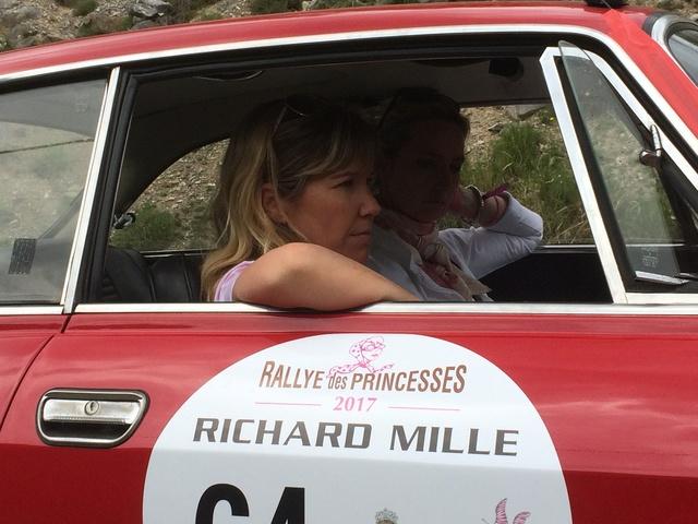 Photos Rallye des Princesses 2017 /  Départ de Roinvilliers Img_1413
