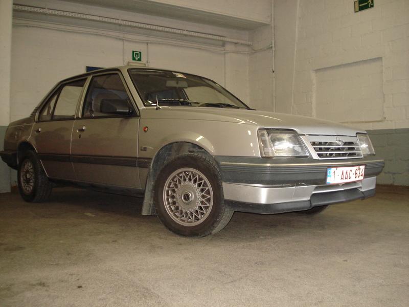 Nos voitures Opel. Dsc02311