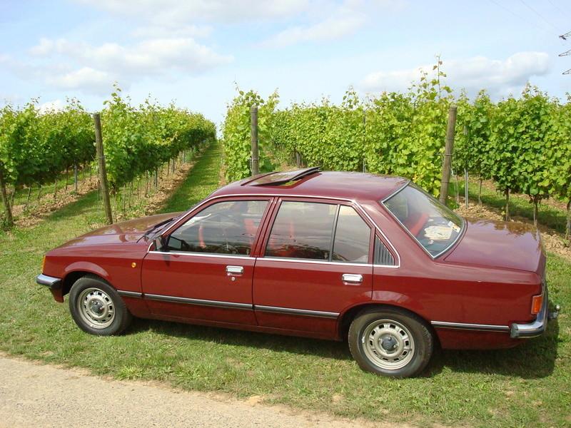 Nos voitures Opel. Dsc05112