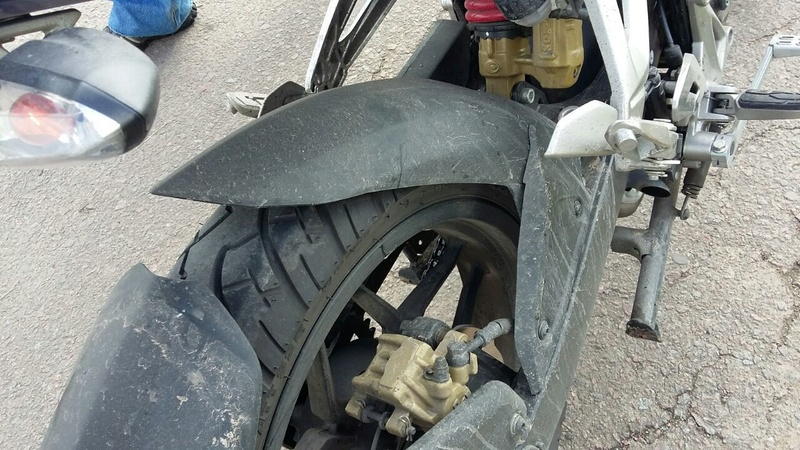 Cambie neumáticos y tiembla moto en alta Whatsa10