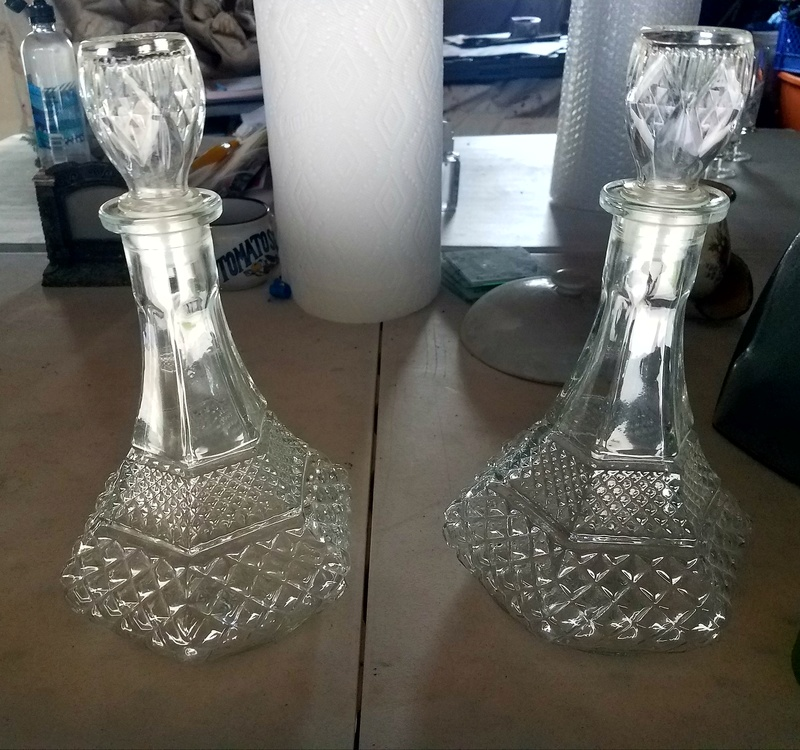 Pair of decanters. Glass ID please... 20170670