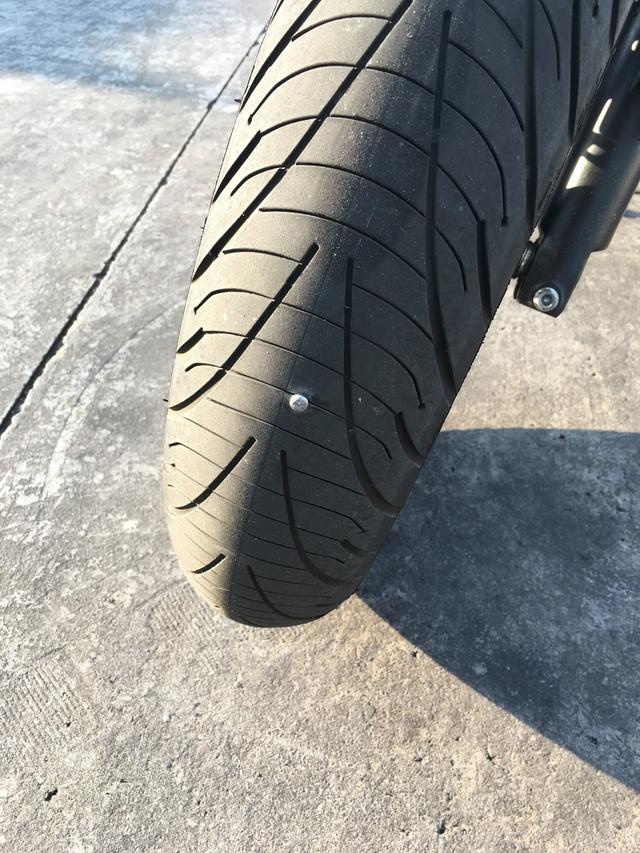 KIT de reparación de pinchazos y rueda nueva Img_9113
