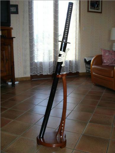 Support de présentation pour épée de Gendarmerie 1872 Captur33