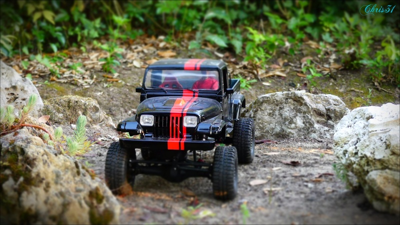 [Axial SCX10] Chris Customs. Jeep BRUTE YJ 1987 Jeep_110