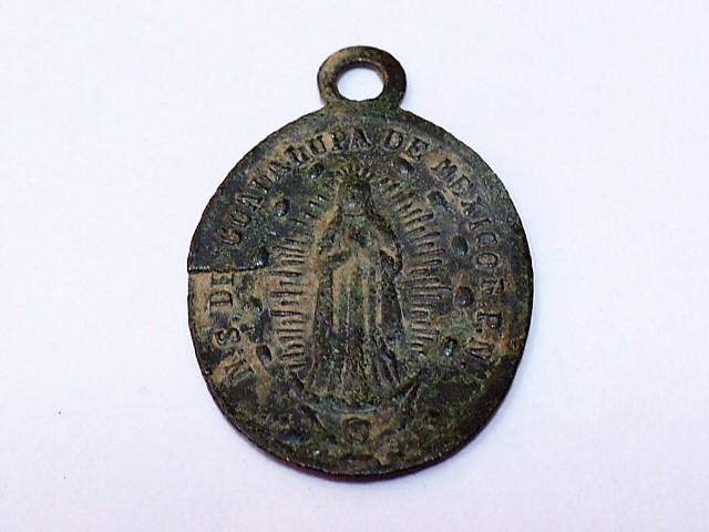 Medalla de nuestra señora de Guadalupe (Mexico). Con error en cuño P1020914