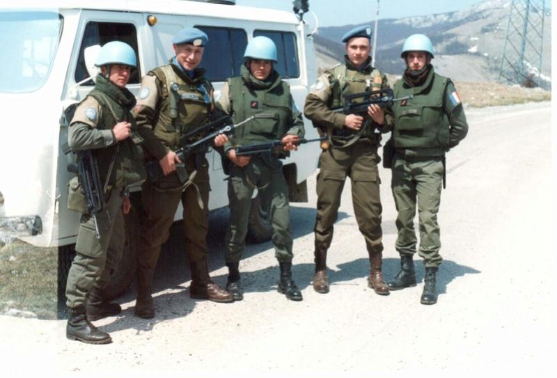 Bulletproof vest/Body armor used by Czechoslovakian/Czech forces in UNPROFOR mission 1010