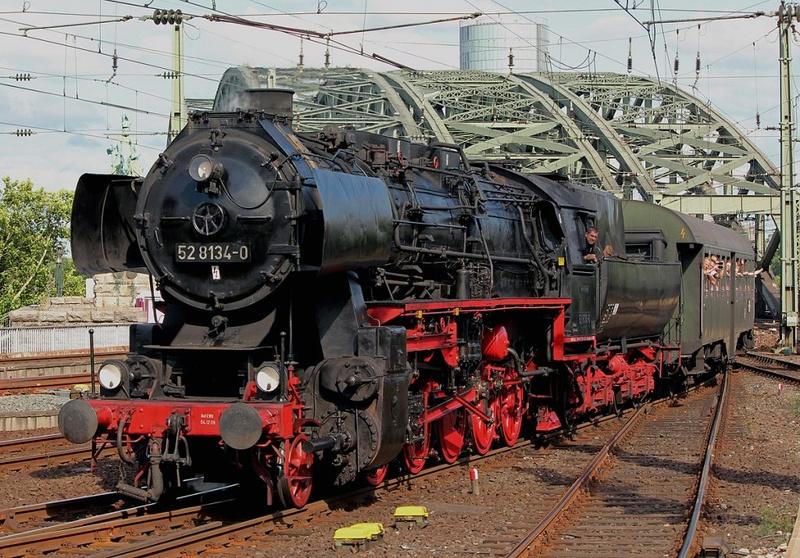 Locomotive BR52 Trumpeter 1/35 Forum110