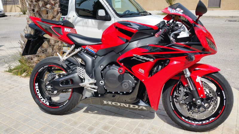 Vendo CBR 1000 RR. Impecable 20170411