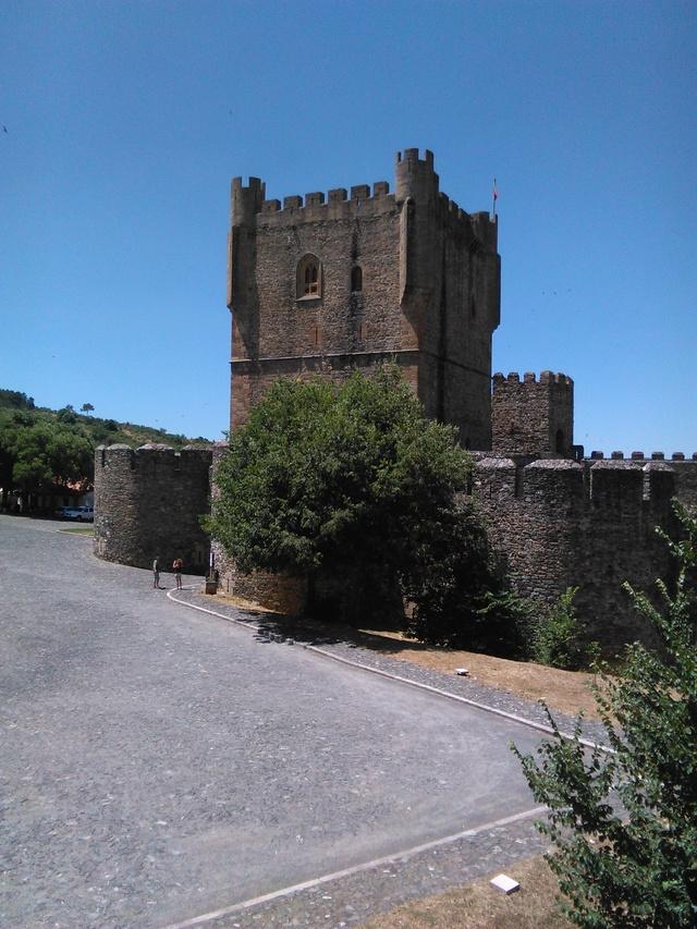 Castillos y motos - Página 6 Img_2010