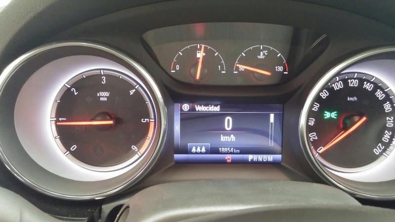 Presentación Astra ST k excellence 1.6 136cv auto blanco Img_1815