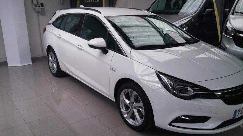 Presentación Astra ST k excellence 1.6 136cv auto blanco Img_1819