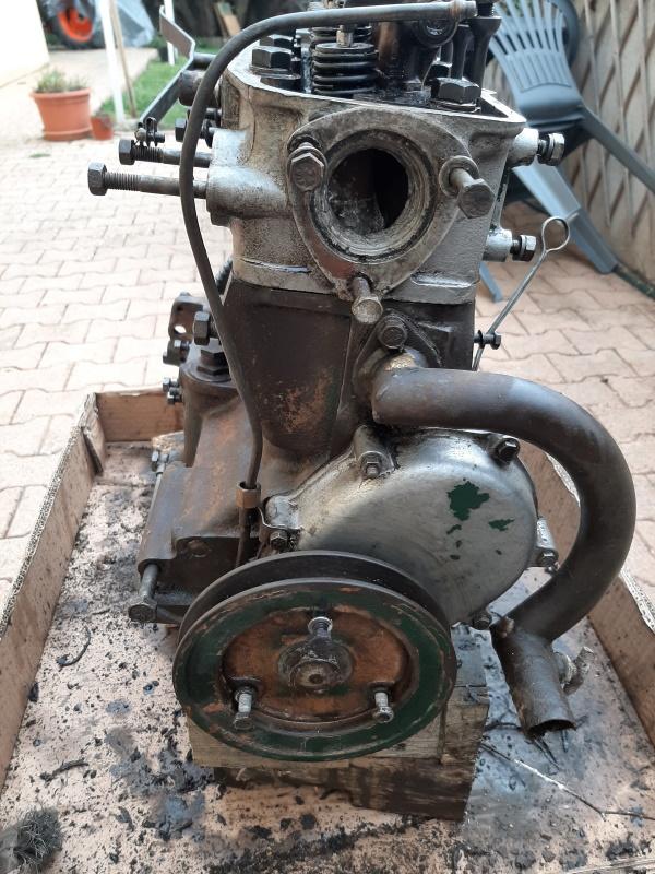 moteur - SOMECA SOM25E - Moteur et radiateur 20200316