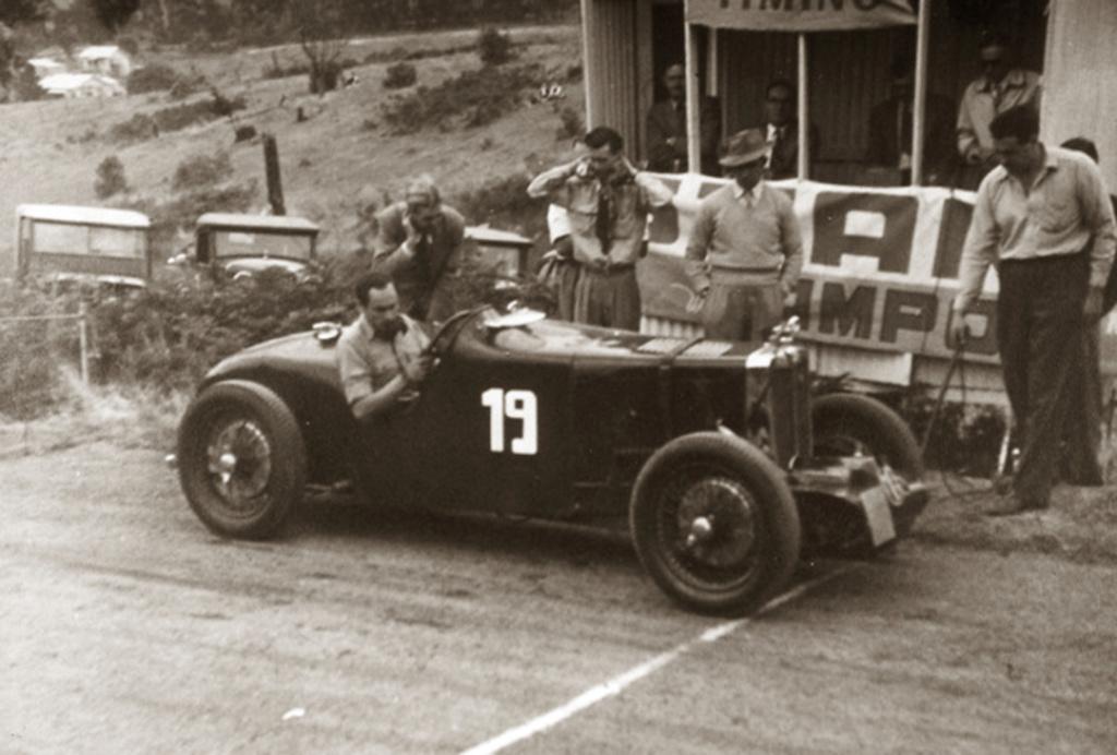 """MG """"MMM"""" Midget Magna Magnette - Morris Garage Car_no10"""