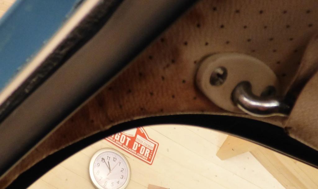 Ciel de toit :Nettoyer les traces de rouille est-ce possible Avant10