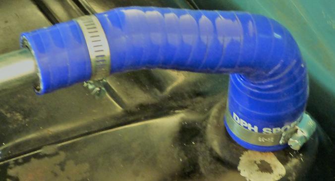 Wanted Reniflard de reservoir d'essence P1150710