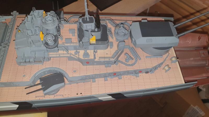 Multifunktions Modell von Hachette: Die Bismarck in 1/200  20210318