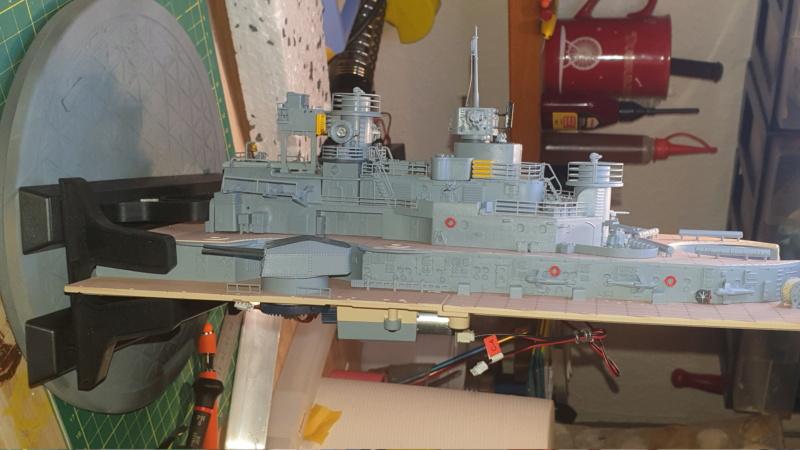 Multifunktions Modell von Hachette: Die Bismarck in 1/200  20210323