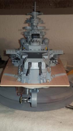Multifunktions Modell von Hachette: Die Bismarck in 1/200  Baupha37