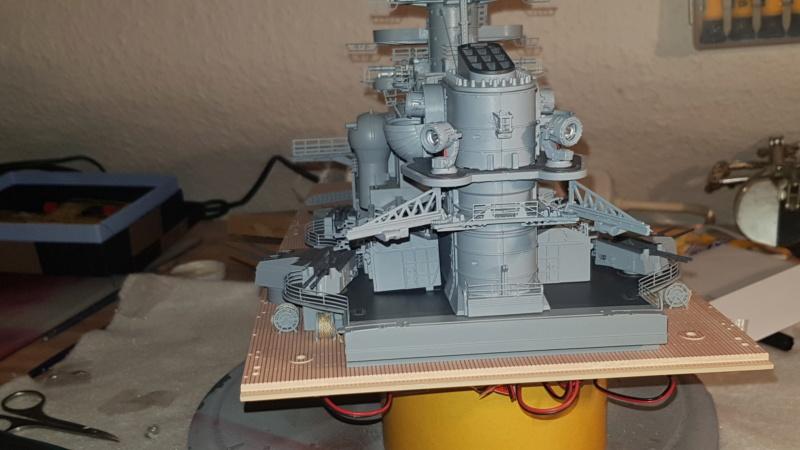 Multifunktions Modell von Hachette: Die Bismarck in 1/200  Baupha38